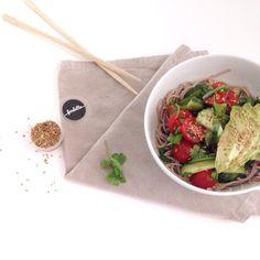 Salade de nouilles soba au boeuf - Par Zakira de @crazymum