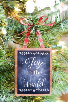 Use this cute chalkboard printable to create your own tree ornament!