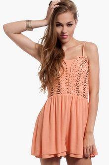 Feeling Cami Shift Dress ~ TOBI | SEC Gameday Outfits | Pinterest ...