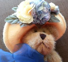 Vintage collectible Poseable Teddy Bear The Boyds Collection Gettysburg PA Archive Series Cute Vintage Ribbon Yellow Easter hat flowers