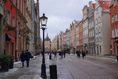 Gdańsk, a pearl by the Baltic Sea - Backpack Globetrotter Baltic Sea, Old Town, Poland, Street View, City, Backpack, Travel, Old City, Viajes