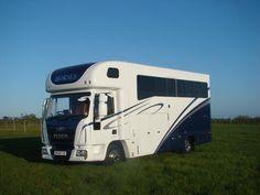 Iveco Tector 75E17 automatic horsebox for sale | HorseDeals.co.uk