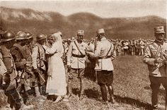 Queen Maria decorating soldiers at Marasesti Romania First World War one romanian men soldiers heroes army Romanian Men, Romanian Royal Family, World War One, First World, Austro Hungarian, Troops, Soldiers, Queen Mary, Royal Weddings