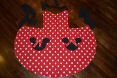 Items similar to Minnie Mouse Apron, Party Apron, Womens Apron that is Reversible on Etsy Minnie Mouse, Christmas Fabric, Vintage Christmas, Sewing Crafts, Sewing Projects, Grill Apron, Cute Aprons, Sewing Aprons, Mickey Head
