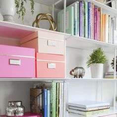 Keeping things looking clean and organized is key to having a functional and stress-free workspace.