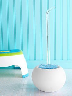 8 tricks to make cleaning your bathroom quicker and easier. #springcleaning