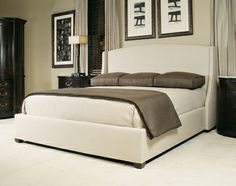 Nice bed and soothing colour scheme