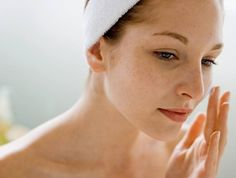 Home remedies for uneven skin tone treatment. Top ways to brighten up uneven skin tone. Get rid of uneven skin tone fast. Beauty Calendar, Face Cream For Wrinkles, Face Creams, Wrinkle Creams, Pregnancy Problems, Get Rid Of Blackheads, Red Pimples, Uneven Skin Tone, Skin Tips