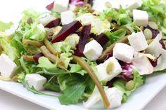 Bardzo zdrowa i lekka sałatka.  Burak to wyjątkowe  warzywo bogate w k was foliowy, błonnik, witaminę  C, B6, A, niacynę, ryboflawinę ...