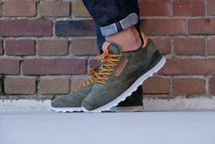 9e373572d74de Reebok Classic Leather OL Poplar Green   Steel   Gold - BD2034