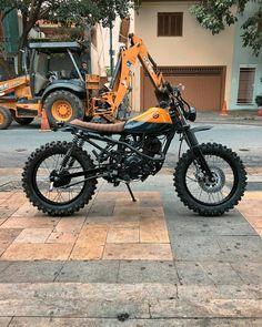 Check out many of my most favorite builds - customized scrambler ideas like Honda Scrambler, Tw Yamaha, Cafe Racer Motorcycle, Motorcycle Design, Honda Motorcycles, Bike Design, Vintage Motorcycles, Moto Custom, Custom Bikes