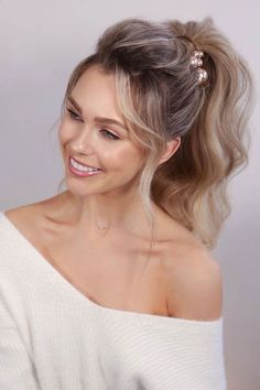 Gorgeous messy ponytail hairstyles for long hair in winter season! - messy high ponytail hairstyles for long hair Wedding Ponytail Hairstyles, Bridal Ponytail, Pony Hairstyles, Winter Hairstyles, Bride Hairstyles, Cute Messy Hairstyles, Cute Ponytail Styles, Cute Ponytails, Hair Styles