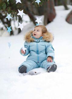Snow photo shoot, baby, kids winter wonderland