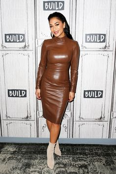 "sexy-in-leather: ""Nicole Scherzinger "" Leather Mini Dress, Leather Dresses, Leather Skirt, Leather Outfits, Tan Leather, Sparkly Gown, Nicole Scherzinger, Leather Fashion, Pretty Dresses"