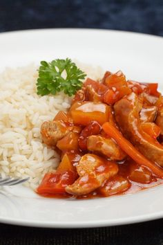 Weight Watchers Sweet and Sour Pork Recipe - A quick and easy Chinese Dinner. 7 WW Freestyle Points and 10 Smart Points. Ready in 30 minutes. Healthy Recipes, Skinny Recipes, Ww Recipes, Pork Recipes, Asian Recipes, Cooking Recipes, Healthy Meals, Plats Weight Watchers, Weight Watcher Dinners