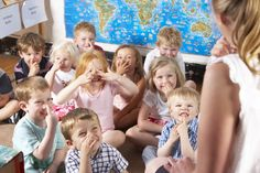 great info here! Preschool children who can pay attention more likely to finish college: Early reading and math not predictive of college completion Kindergarten Readiness, School Readiness, Preschool Class, Literacy Skills, Senses Preschool, Kindergarten Classroom, 1st Day Of School, Pre School, High School