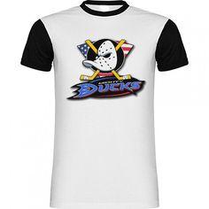 Camiseta Hockey Logo Mighty Ducks American Flag de SportShirtFactory en Etsy