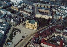 Debrecen /ˈdɛbrɛtsɛn/) je drugi po veličini grad u Mađarskoj… Czech Republic, Homeland, Continents, Hungary, Romania, Austria, Big Ben, Places To See, City Photo