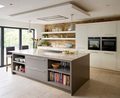 10 tips for creating an open-plan kitchen-diner - Property Price Advice - extension - Kitchen Kitchen Diner Lounge, Small Open Plan Kitchens, Open Plan Kitchen Dining Living, Open Plan Kitchen Diner, Kitchen Design Open, Living Room Kitchen, New Kitchen, Kitchen Small, Kitchen Designs