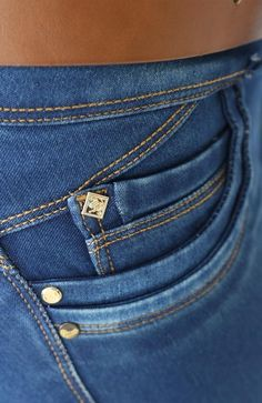 Ref. 092 JEAN SIN BOLSILLOS (Stone Oscuro) Girls Jeans, Denim Jeans, Active Wear, Pockets, Detail, Logos, Pants, How To Wear, Design