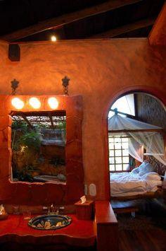 San Jose, Costa Rica    Hotel room at Peace Lodge, Varablanca