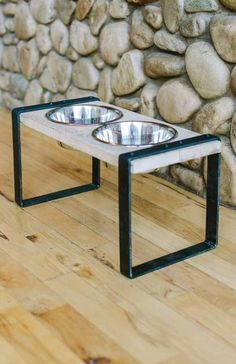 reclaimed wood dog bowl - steel feeder stand - double iron feeding stand Sleek yet rustic. Modern yet country. This double bowl dog feeder can fit any lifestyle. Handcrafted using local reclaimed woods and precision cut steel legs, this stand will have y Elevated Dog Feeder, Elevated Dog Bowls, Raised Dog Bowls, Dog Food Stands, Dog Bowl Stand, Dog Food Bowls, Pet Bowls, Tallest Dog, Wood Dog