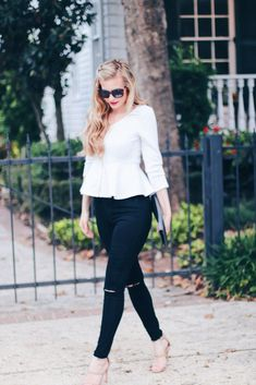 $13 Affordable Peplum Top + Stretchy High Waist Jeans | affordable high rise jeans | white peplum top | outfits for all | casual Friday outfits | wear to work casual outfit | Casual Friday Outfit, Casual Work Outfits, Work Casual, Stretch Jeans, Peplum Top Outfits, White Peplum Tops, Current Fashion Trends, Western Outfits, Workwear