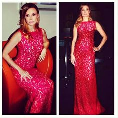 She is Charming in this Incredible Macramè Lace Red UEL CAMILO gown. Actress and Singer Jon Marie Mock #celebrities #vip #beauty #reddress #uelcamiloofficial #uelcamilo #lace #macrame #embroidery #fashionicon #fashionbuyers #styling #fashionstylist #artdirector #fashiondirector #magazine #bloggers #blonde #fashionblogger #hair #dress #trendy #couture #shooting #usa #actress #paolaemiliamonachesi @mzzjonmarie @uelcamiloofficial @uelcamilo @fashionicon @spfw @mfw @bloggers @buyers…