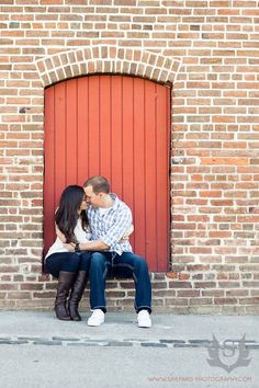 http://www.shepard-photography.com/blog/2012/03/sacramento-engagement-session-kathleen-and-steve/