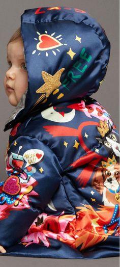 New Baby Girl Winter Dolce & Gabbana Ideas Sewing Baby Clothes, Baby Kids Clothes, Cheap Kids Clothes Online, Baby Girl Quotes, Dolce And Gabbana Kids, Baby Girl Winter, Baby Girl Bedding, New Baby Girls, Kids Fashion