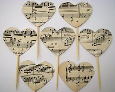 10 Heart cake toppers vintage partition Party picks