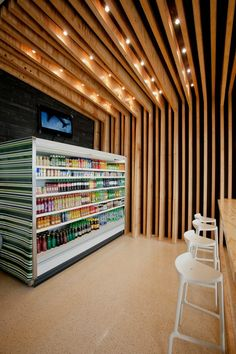 wooden wall Grocery store design
