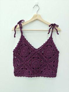 - Source by sylviarinkenbach - Crochet Bra, Mode Crochet, Crochet Shirt, Crochet Crop Top, Crochet Motif, Crochet Designs, Crochet Crafts, Crochet Clothes, Crochet Stitches
