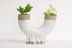 Aleph Ceramics Leggy U-Pot