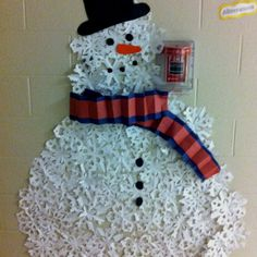 Snowflake Snowman- instead of die cuts maybe I could use the coffee filter snowflakes that they cut out