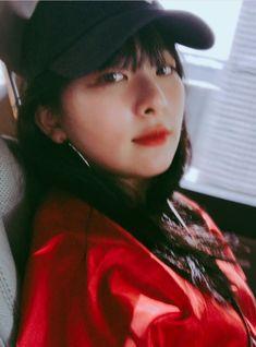 "🔞MATURE CONTENT [NC, GxG] ""Got everyone watching us, so baby, let's keep it secret. Kpop Girl Groups, Korean Girl Groups, Kpop Girls, Sooyoung, My Girl, Cool Girl, Kang Seulgi, Red Velvet Seulgi, Kim Yerim"
