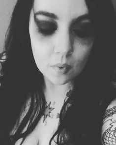 Ok I couldnt resist essentially triple posting today because I forgot about this musically I did in my Hela makeupppp Thought it was appropriate for the Goddess of Death  - - - - #hela #helacosplay #thorragnarok #thorcosplay #marvel #wig #wigs #contacts #contactlenses #selfie #selfiequeen #costest #cosplay #tattoo #tattoos #girlswithtattoos #marvelcosplay #cosplans #makeup #musically #musicallyapp