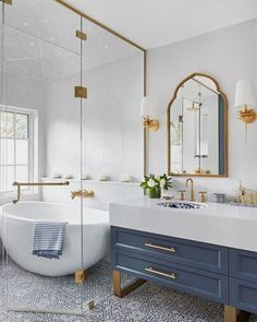 A Master Bathroom fi