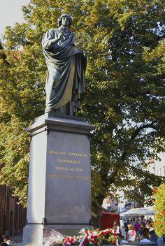 Copernicus monument, Torun.