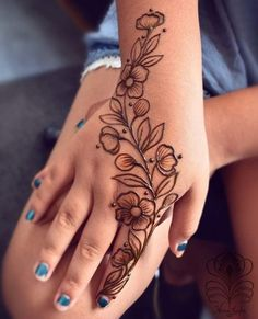 125 Stunning Yet Simple Mehndi Designs For Beginners - Tatoo ł Henna - Henna Designs Hand - 125 Stunning Yet Simple Mehndi Designs For Beginners – Tatoo ł Henna – - Henna Hand Designs, Eid Mehndi Designs, Mehndi Designs Finger, Henna Tattoo Designs Simple, Floral Henna Designs, Stylish Mehndi Designs, Mehndi Designs For Beginners, Mehndi Simple, Mehndi Designs For Fingers
