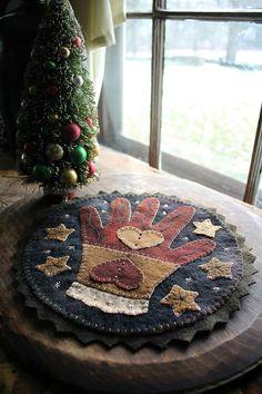 Winter Glove Wooly Mat www.rebekahlsmith.com