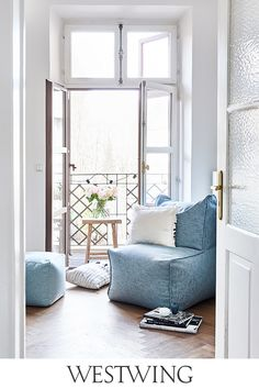 All Details You Need to Know About Home Decoration - Modern Living Room Storage, Living Room Decor, Bedroom Decor, Royal Doulton, Modern Home Interior Design, Relaxation Room, Cozy Corner, Apartment Living, Colorful Interiors