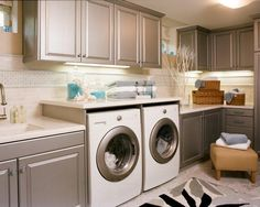 smart to build counter space above the washer/dryer