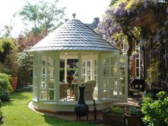 The most beautiful pavilions: Light-flooded glass palace living & garden Garden Fire Pit, Fire Pit Patio, Garden Gazebo, Garden Trellis, Cottage Garden Sheds, Looking Out The Window, She Sheds, Floating House, Cottage Living