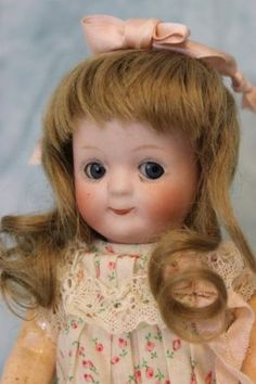 "7""-Antique-Gebruder-Heubach-glass-eyed-Googly-Orig-toddler-body-Adorably-Dressed"