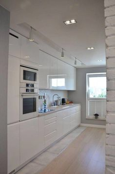 Modern Kitchen Interior Remodeling 25 Modern Kitchen Ideas With French Country Style French Country Kitchens, Farmhouse Style Kitchen, Modern Farmhouse Kitchens, French Country Decorating, Country French, Modern Country, Kitchen Room Design, Modern Kitchen Design, Home Decor Kitchen
