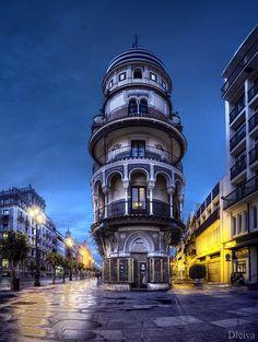 Sevilla, Avenida de la Constitución (Andalucía, España) by Domingo Leiva on 500px