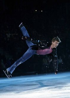 Alexei Yagudin best skater on ice ever! Male Figure Skaters, Figure Skating, Katharina Witt, Ice Show, Nureyev, Ice Skaters, Ice Dance, Sports Figures, Summer Olympics