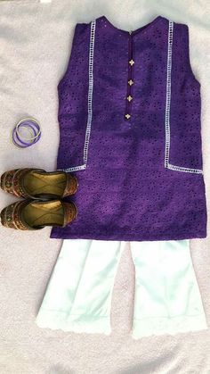 Pakistani Fashion Casual, Pakistani Dresses Casual, Pakistani Dress Design, Kids Frocks Design, Baby Frocks Designs, Cute Girl Dresses, Little Girl Dresses, Stylish Dress Designs, Stylish Dresses