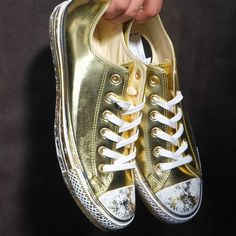 Converse CT Ox (Gold/white) $95.00